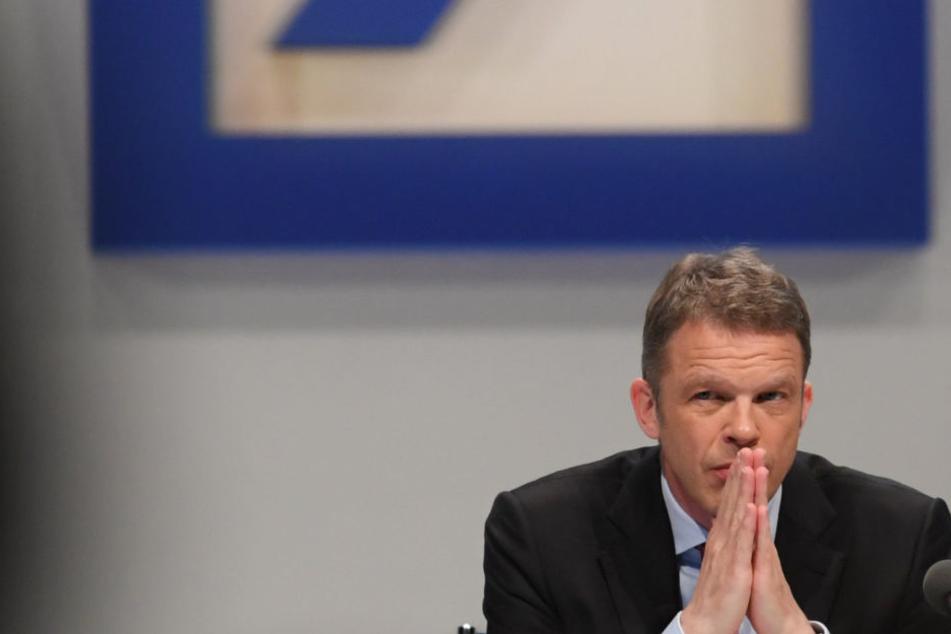 Nach Serie schlechter Nachrichten: Deutsche Bank betont Finanzstärke