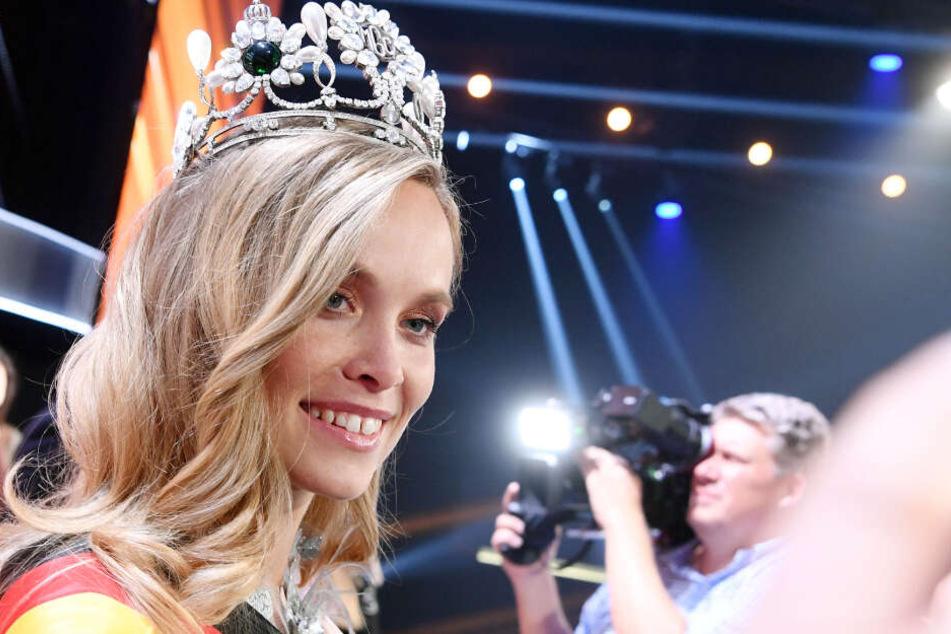 Miss Germany Nadine Berneis im Europark Rust.