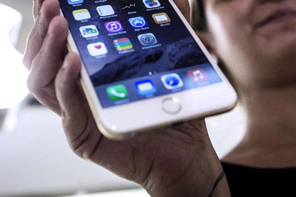 22-Jähriger will iPhone verkaufen, doch er ahnt nicht, wer die Käuferin wirklich ist