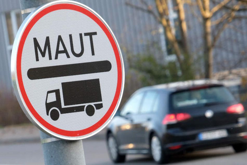 Müssen in Deutschland bald alle Autofahrer eine Maut entrichten? (Symbolbild)