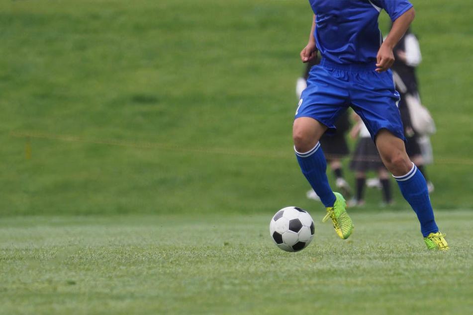 Der bosnische Fußball wird von einem tragischen Zwischenfall erschüttert. (Symbolbild)
