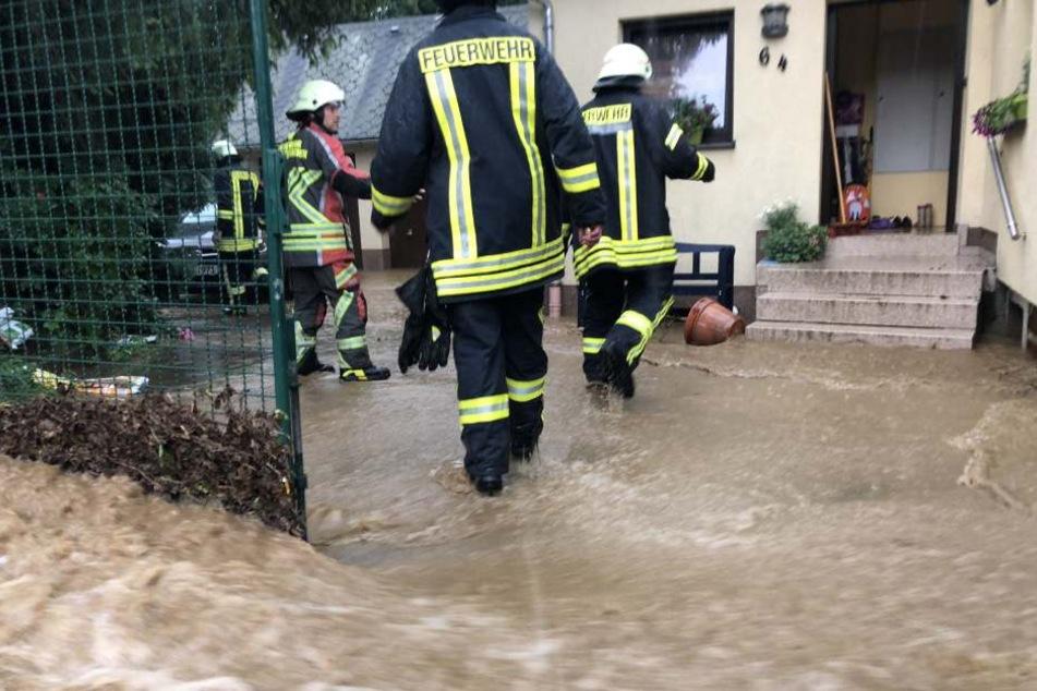 Die Feuerwehr war ständig im Einsatz.