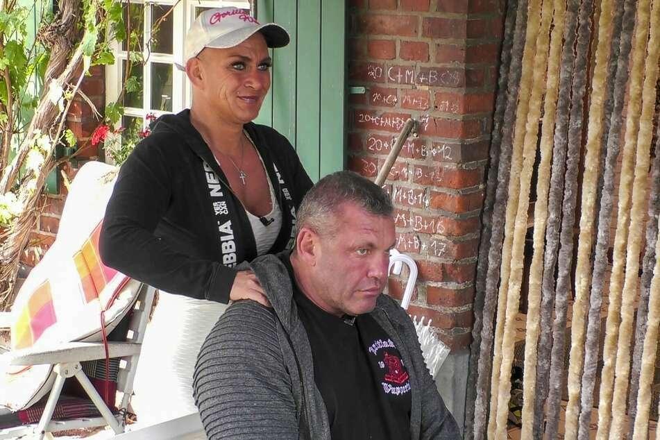 """Andreas (54) und Caro (41) sorgten seit Folge 1 im """"Sommerhaus der Stars"""" für viel Furore."""