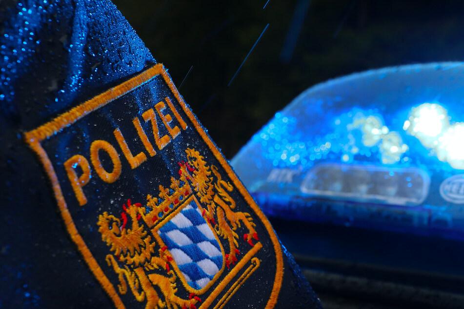 """Betrunkener Mann gibt sich als Polizist aus und muss von """"Kollegen"""" festgenommen werden"""