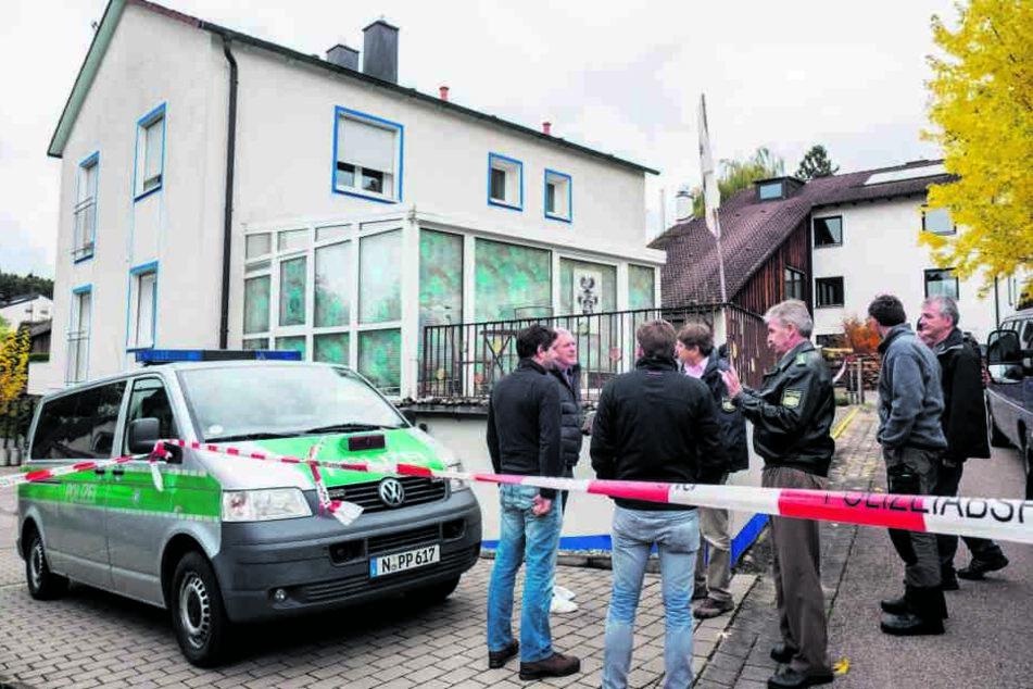 In Bayern drehte im Oktober 2016 ein Reichsbürger bei einer Razzia durch. Ein  SEK-Beamter starb beim Schusswechsel.