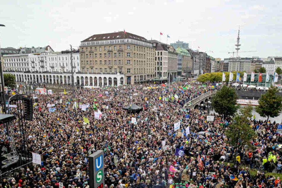 Fridays for Future mobilisiert mehr als 70.000 Menschen in Hamburg
