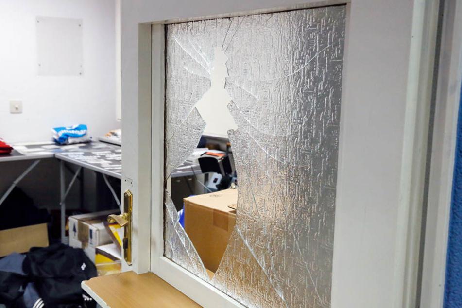 Die Diebe brachen mehrere Türen in der CFC-Geschäftsstelle auf.
