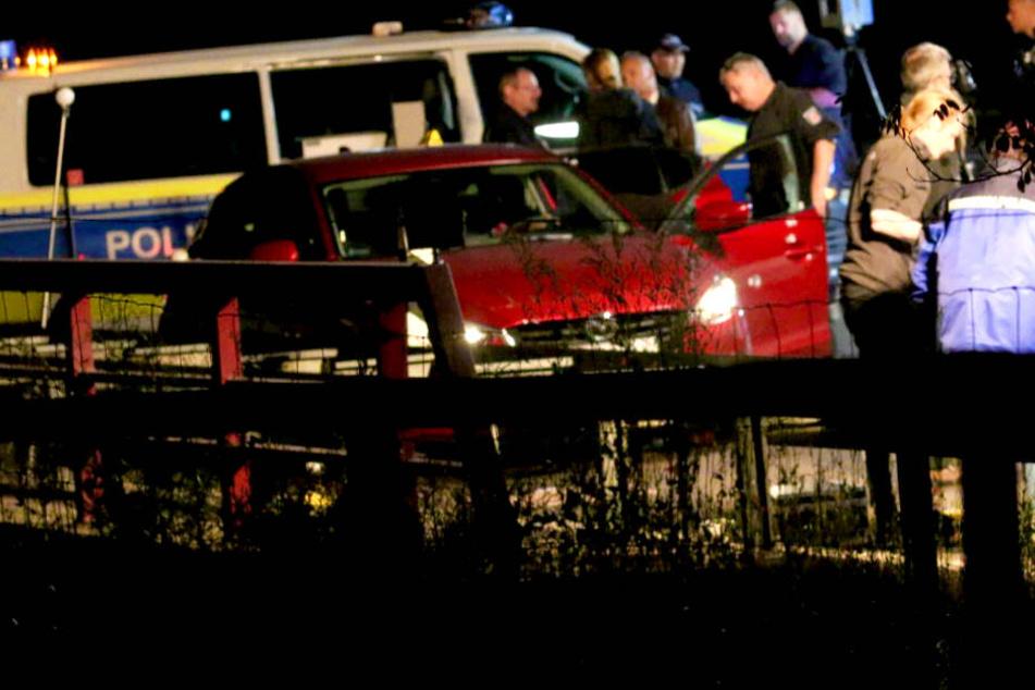 Polizisten erschießen 25-Jährigen auf der A10: Er soll eine Frau (†26) ermordet haben!