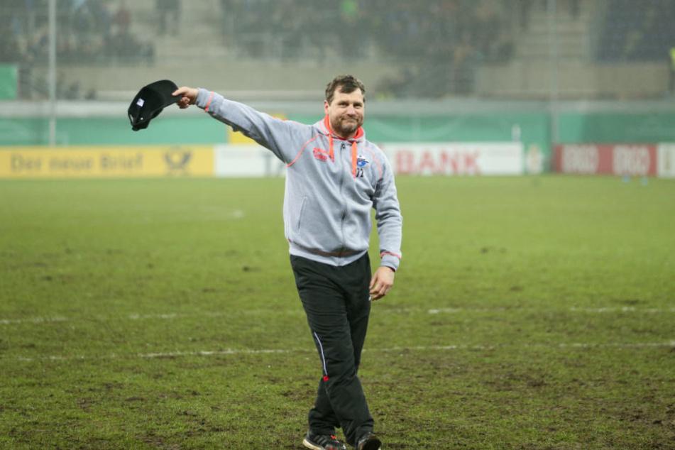Mit dem SCP steht Steffen Baumgart im Viertelfinale des DFB-Pokals.