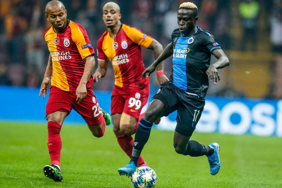 Krépin Diatta (r) beim Champions-League-Spiel gegen Galatasaray Istanbul.