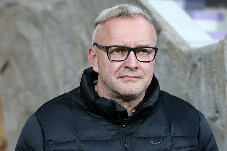 Aue-Geschäftsführer Michael Voigt prophezeite bereits vor Tagen, dass der Zweitliga-Abstieg vom FC Ingolstadt 04 und der Bundesliga-Aufstieg des 1. FC Union Berlin Bewegung in den Transfermarkt bringen werden.
