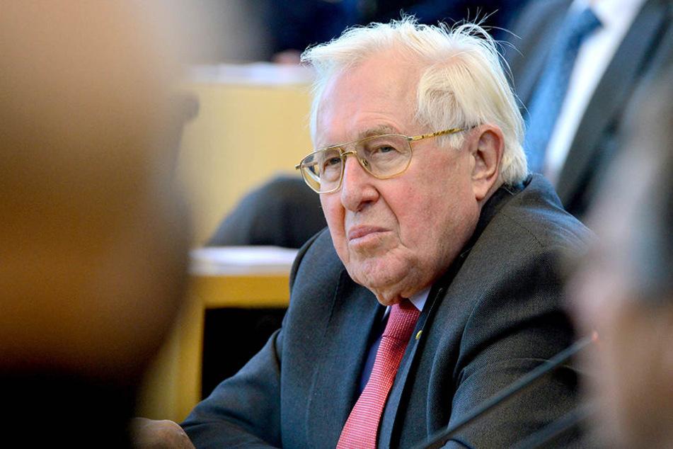 """Bezieht als """"kritischer Beobachter"""" klar Stellung: der frühere CDU-Politiker Bernhard Vogel."""