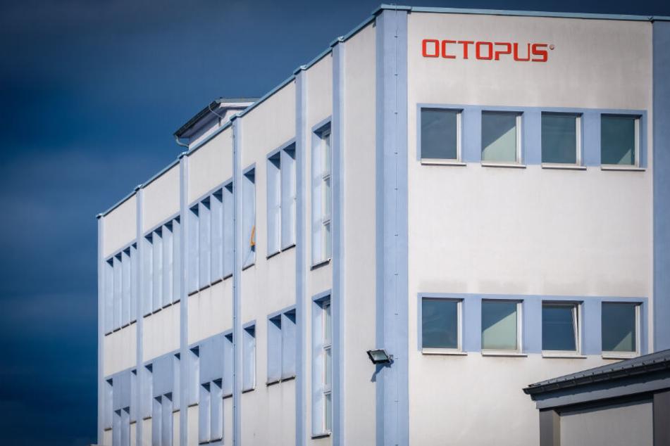 Octopus produziert für verschiedene Einsatzgebiete farbige Tinte. Rund 80 Prozent ihrer Produkte verkauft die Firma online übers Internet.