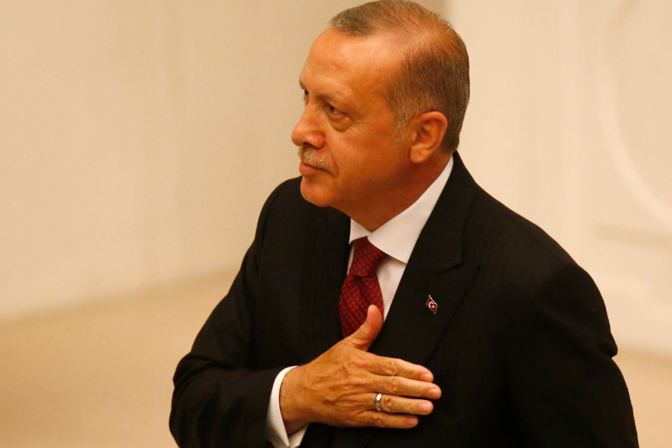 Recep Tayyip Erdogan legt seinen Amtseid ab. Kritiker sehen in dem Verein Ditib den verlängerten Arm des türkischen Staatspräsidenten.