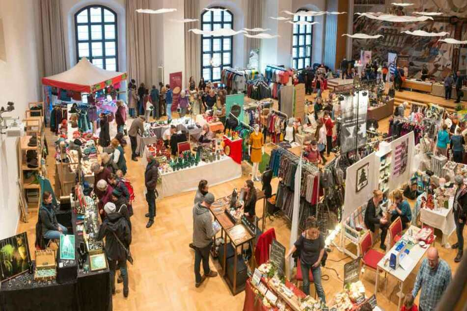 Der Faire Weihnachtsmarkt findet in der Dreikönigskirche statt.