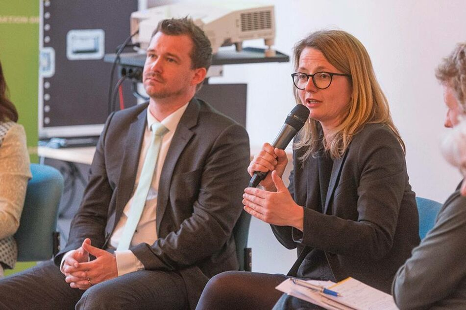 Raoul Schmidt-Lamontain (41, Grüne) und Annakatrin Klepsch (40, Linke) diskutierten mit.