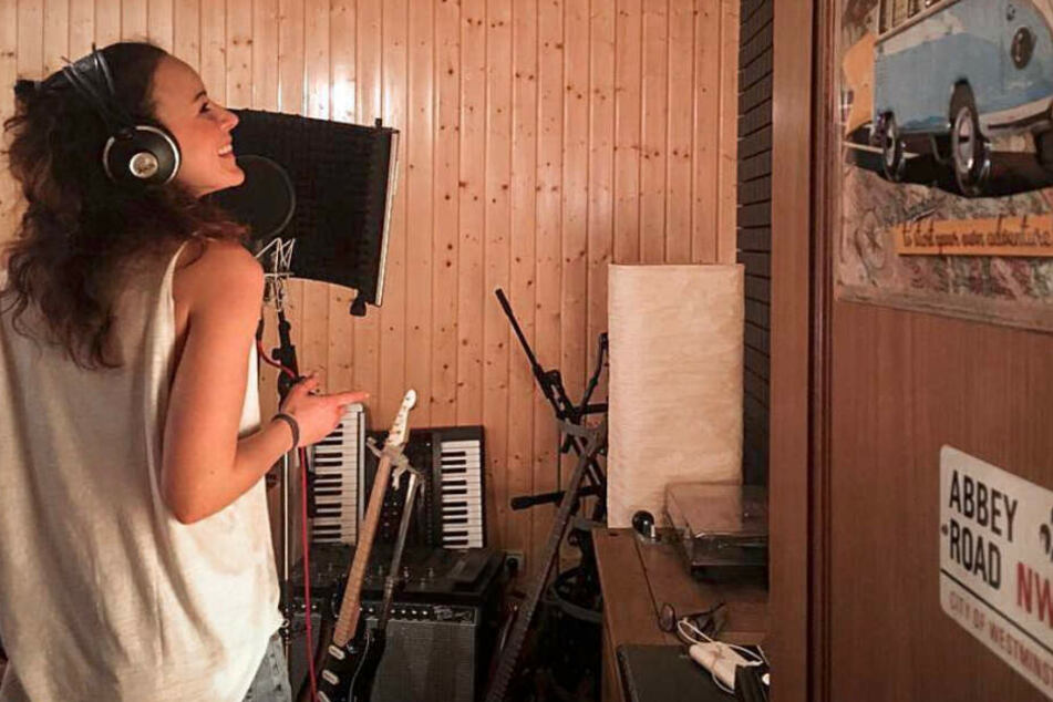 """Jasmin Wagner steht wieder als """"Blümchen"""" im Ton-Studio."""