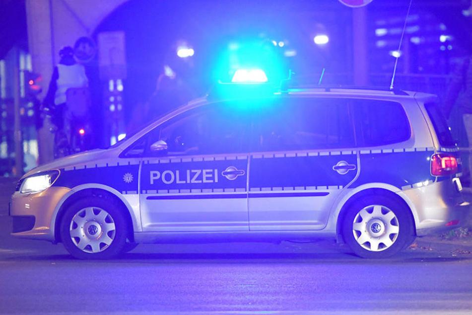 In Kreuzberg versuchten drei Maskierte einen Spätkauf zu überfallen. (Symbolbild)