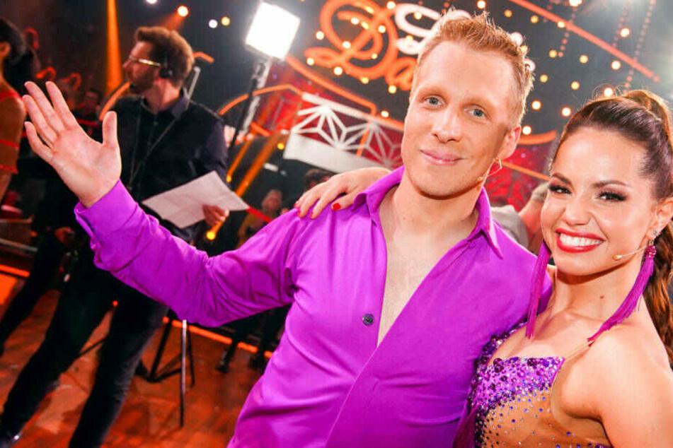 """Da kann man nix machen: Oliver Pocher und Tanzpartnerin Christina Luft sind bei """"Let's Dance"""" leider draußen."""
