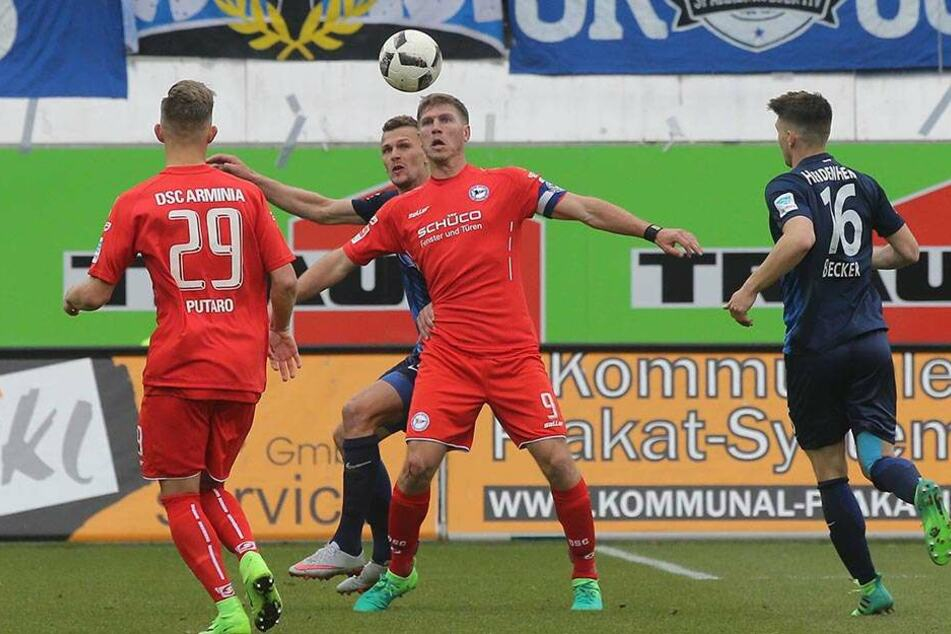 Kapitän Fabian Klos traf in der 61. Minute per Kopf zum 2:2, sein 13. Tor in der laufenden Saison.