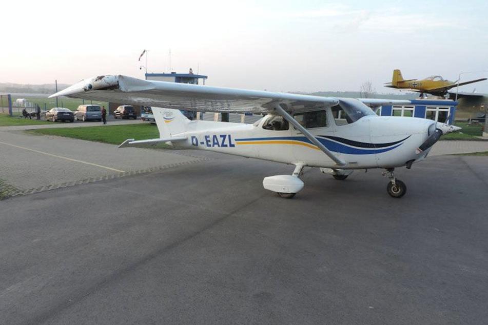 An dem Flugzeug entstand erheblicher Sachschaden.