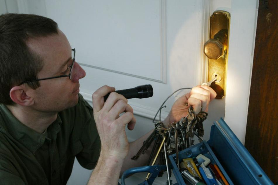 Wer einen Schlüssel für den Notfall deponiert, spart teuren Notdienst.