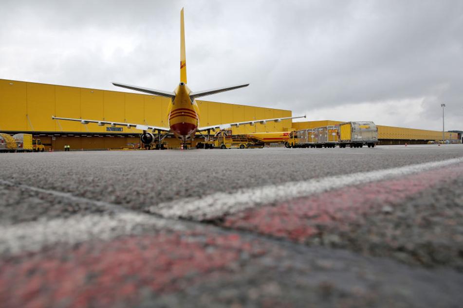 Allein im vergangenen Dezember wurden am Flughafen Leipzig/Halle 105.768 Tonnen Fracht abgewickelt - ein neuer Rekord.