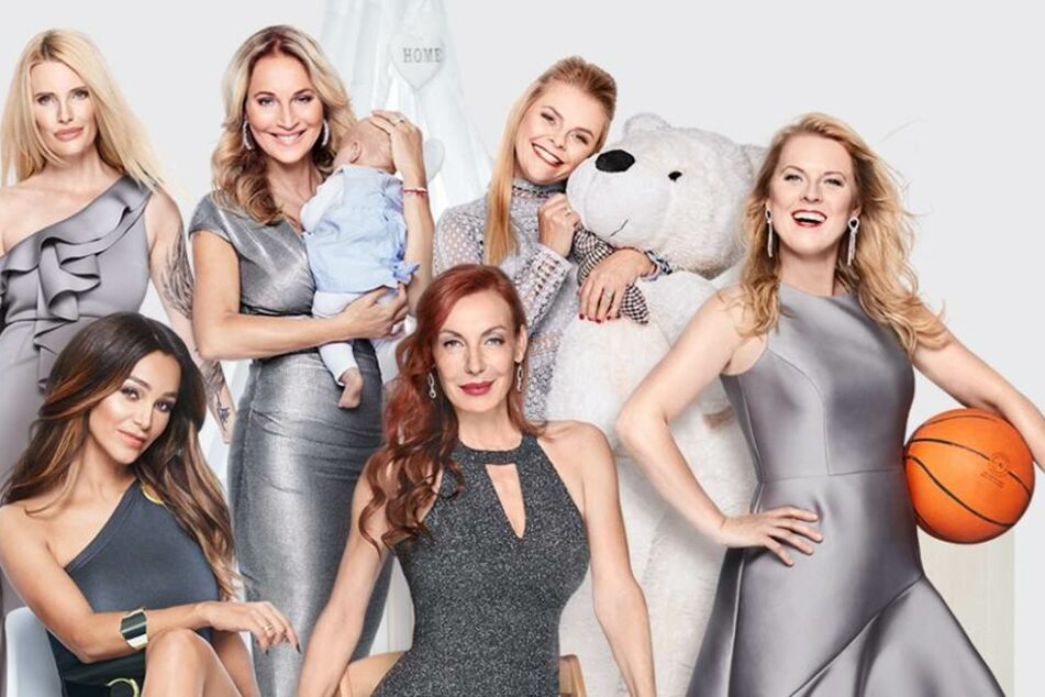 """Bei """"Sechs Mütter"""" erzählen die Promi-Damen, wie sie Kind und Karriere unter einen Hut bekommen."""