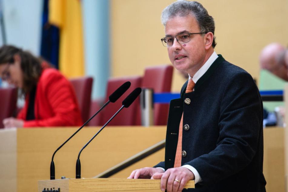 Florian Streibl ist Fraktionsvorsitzender der Freien Wähler im bayerischen Landtag.