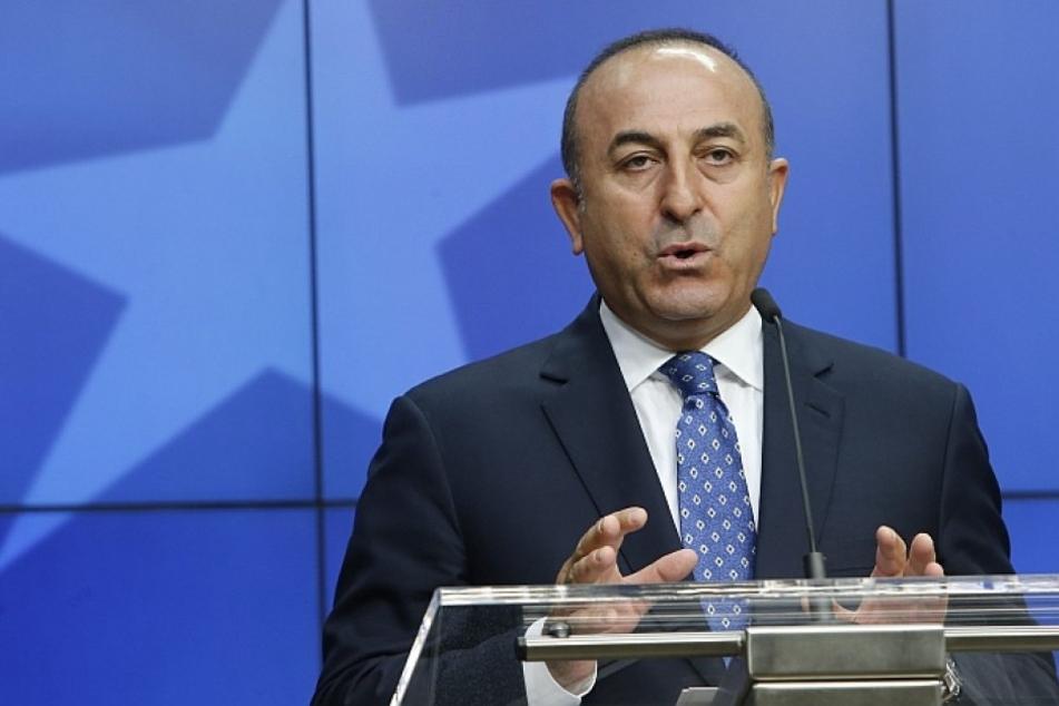 Der türkische Außenministers Mevlüt Cavusoglu darf nicht in Hamburg auftreten. Das stößt auf viel Unmut.