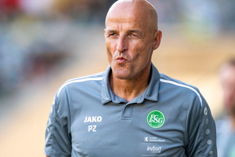 Peter Zeidler ist Cheftrainer des FC St. Gallen und steht derzeit an der Spitze der Schweizer Super League.
