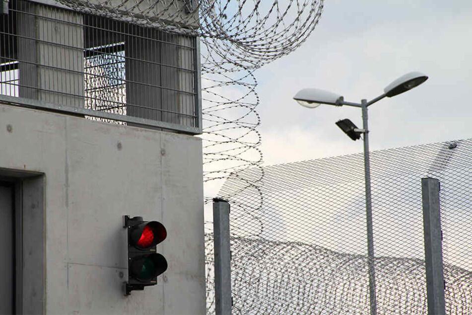 Verurteilte wollen ihre Strafe nicht abarbeiten. Ein Generalstaatsanwalt nannte Faulheit als Hauptgrund.
