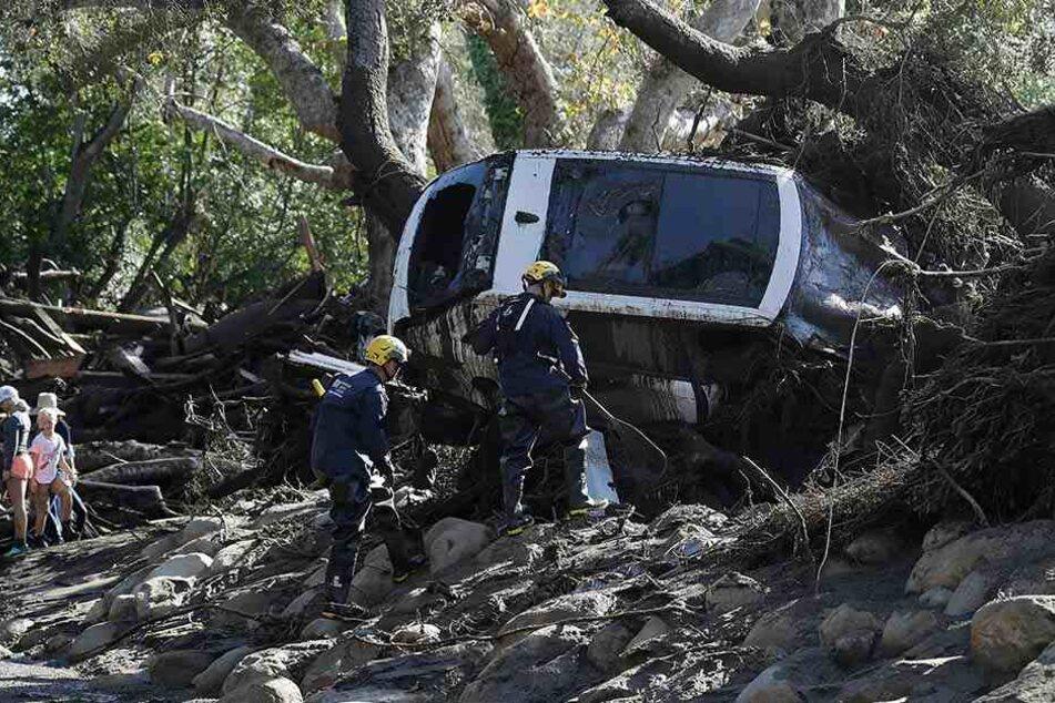 Bei mehreren Schlammlawinen in Kalifornien sind mindestens 18 Menschen ums Leben gekommen.