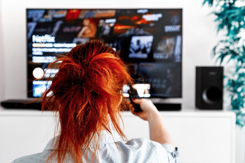Für einen weihnachtlichen Film-Marathon hat Netflix zahlreiche Optionen parat. (Symbolbild)
