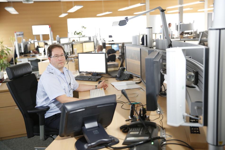 In der Dresdner Notruf-Zentrale fehlen Mitarbeiter. Aktuell werden zu wenige Notrufe innerhalb der gesetzten Frist angenommen.