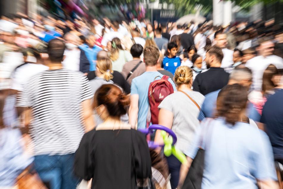 Shopping-Touren wie zum Beispiel auf der Zeil in Frankfurt sind wieder möglich.