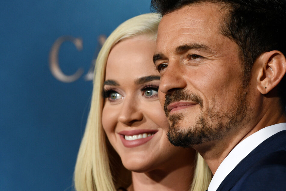 Orlando Bloom gives Katy Perry a funny birthday gift