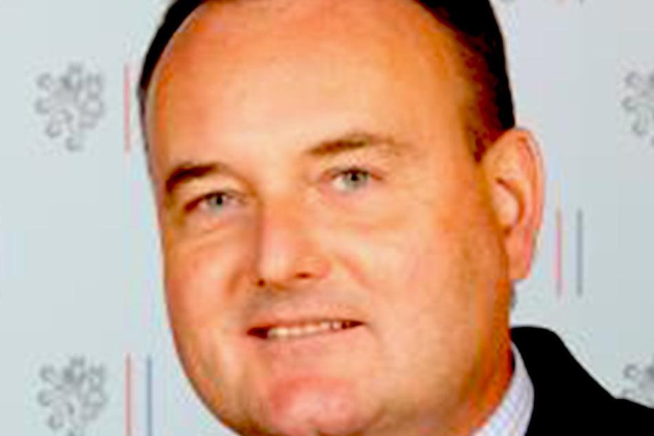 Karel Boruvka (57) muss seinen Posten in der Tschechischen Botschaft räumen. Wegen seiner Frau.