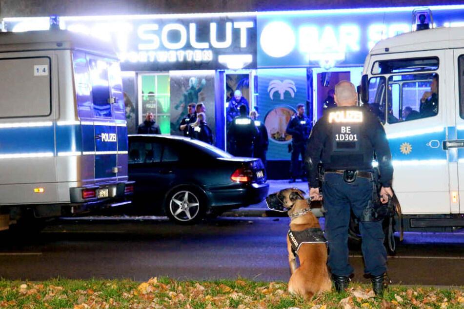 Bei Clan-Razzia in Berlin: Polizei soll international gesuchten Kinderschänder geschnappt haben