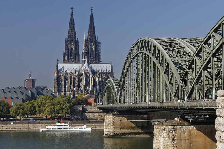 In der Kölner City wurde eine Fliegerbombe gefunden. Zahlreiche Gebäude werden evakuiert. (Symbolbild)