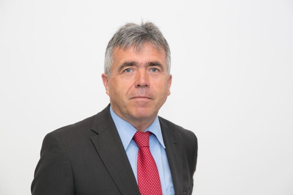 Mitunterzeichner Michael Harig (57, CDU, Landrat im Landkreis Bautzen).