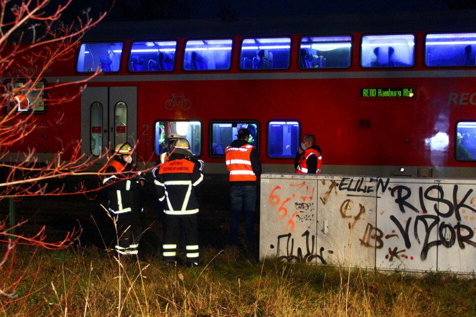 Anschlag auf Regionalexpress? Zugführer zieht Notbremse nach lautem Knall