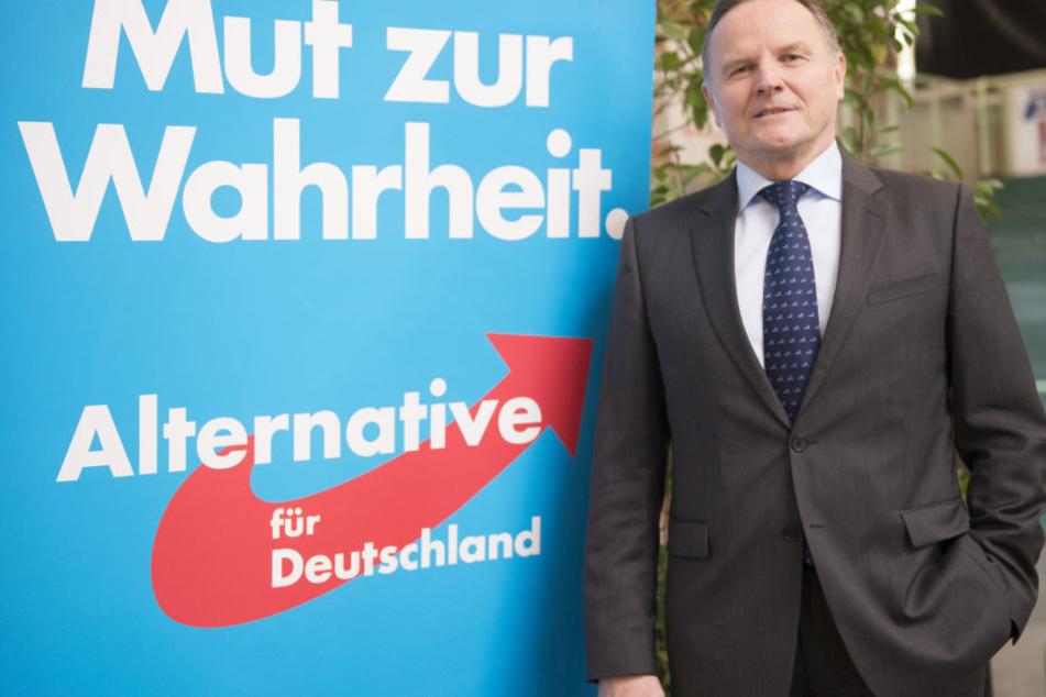 Der AfD-Fraktionschef Georg Pazderski fordert die Umbenennung der Karl-Liebknecht-Straße in Ronald-Reagan-Boulevard.