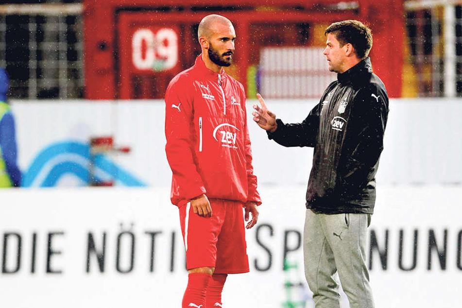 Klare Ansage von Torsten Ziegner (r.) an Nico Antonitsch. Ging's um die Geburtstags-Sause?
