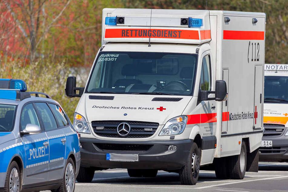 Der Verletzte kam zur Behandlung ins Krankenhaus. (Symbolbild)