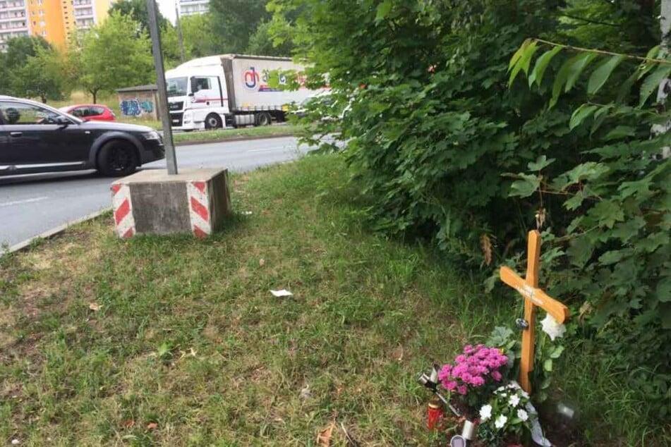 Erst vor wenigen Wochen starb hier ein 54-Jähriger bei einem schweren Autounfall.