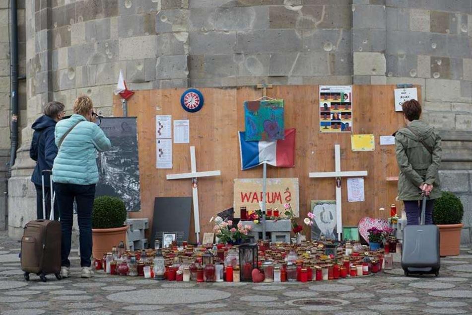 Die Gedenkstätte des Terroranschlags vor der Gedächtniskirche am Breitscheidplatz.