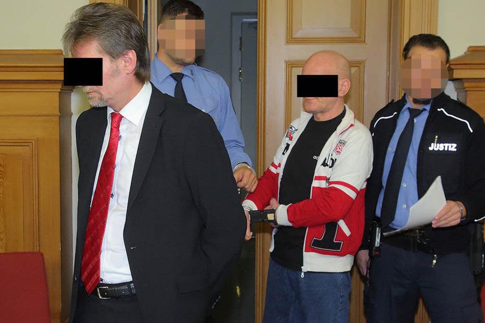 Jan R. (52, l.) und Hagen T. (57) wurden verurteilt.