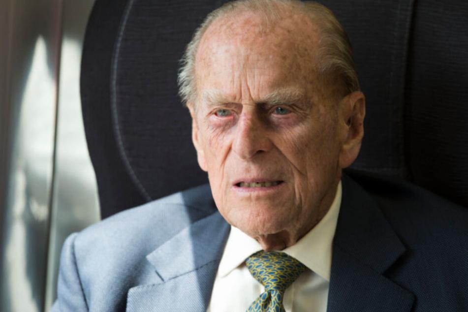 Prinz Philip begab sich zur Vorsorge in ein Krankenhaus.