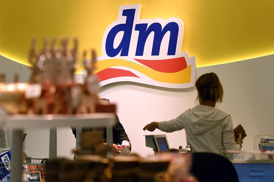"""Die Drogeriekette """"dm"""" hat jetzt ein ganz besonderes Angebot im Sortiment."""